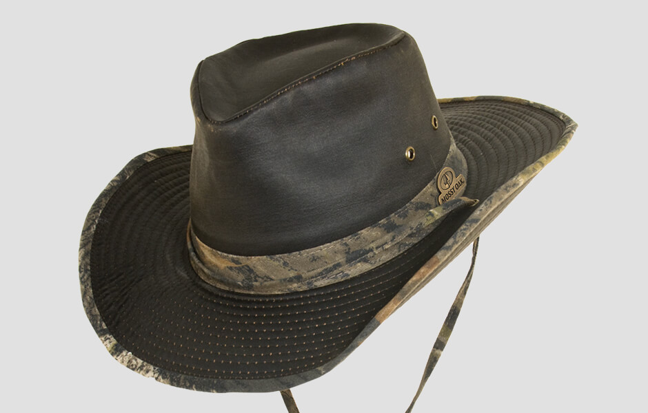 Mossy Oak Break-Up Infinity Hat with strap